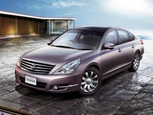 2010-Nissan-Teana