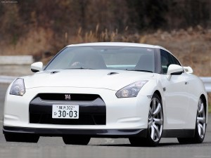 2015-Nissan-GT-R-Nismo-69