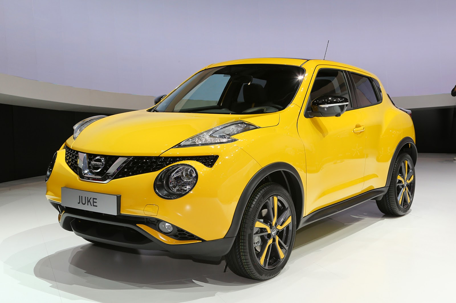 Nissan Offers Juke Color Studio To Owners To Personalize